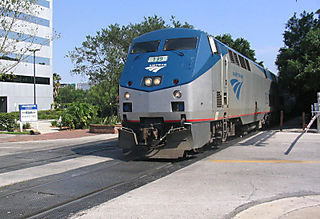 Amtrak_139_south_across_Central