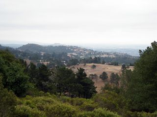 View_of_Oakland_Hills_from_Chabot_Space_&_Science_Center